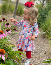 Load image into Gallery viewer, Gray and Red Floral Tunic Set