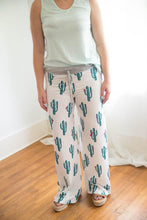 Load image into Gallery viewer, Ladies Lounge Pants Cactus