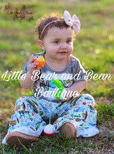 Load image into Gallery viewer, Peace, Love, Fishing Belle Set
