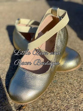 Load image into Gallery viewer, Gold Ballet Flats