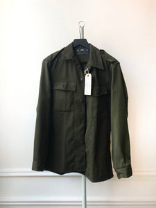 """ARE YOU RESTLESS LIKE ME"" MENS *MEDIUM* CHAINSTITCH MILITARY SURPLUS SHACKET"