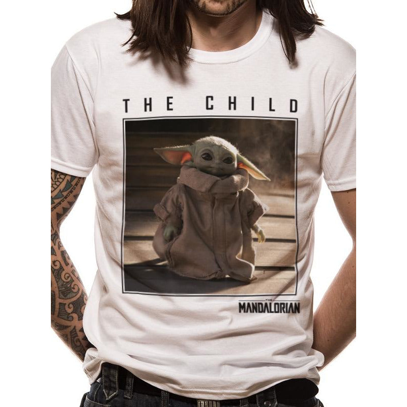 MANDALORIAN | THE CHILD SQUARE PHOTO | UNISEX T-SHIRT