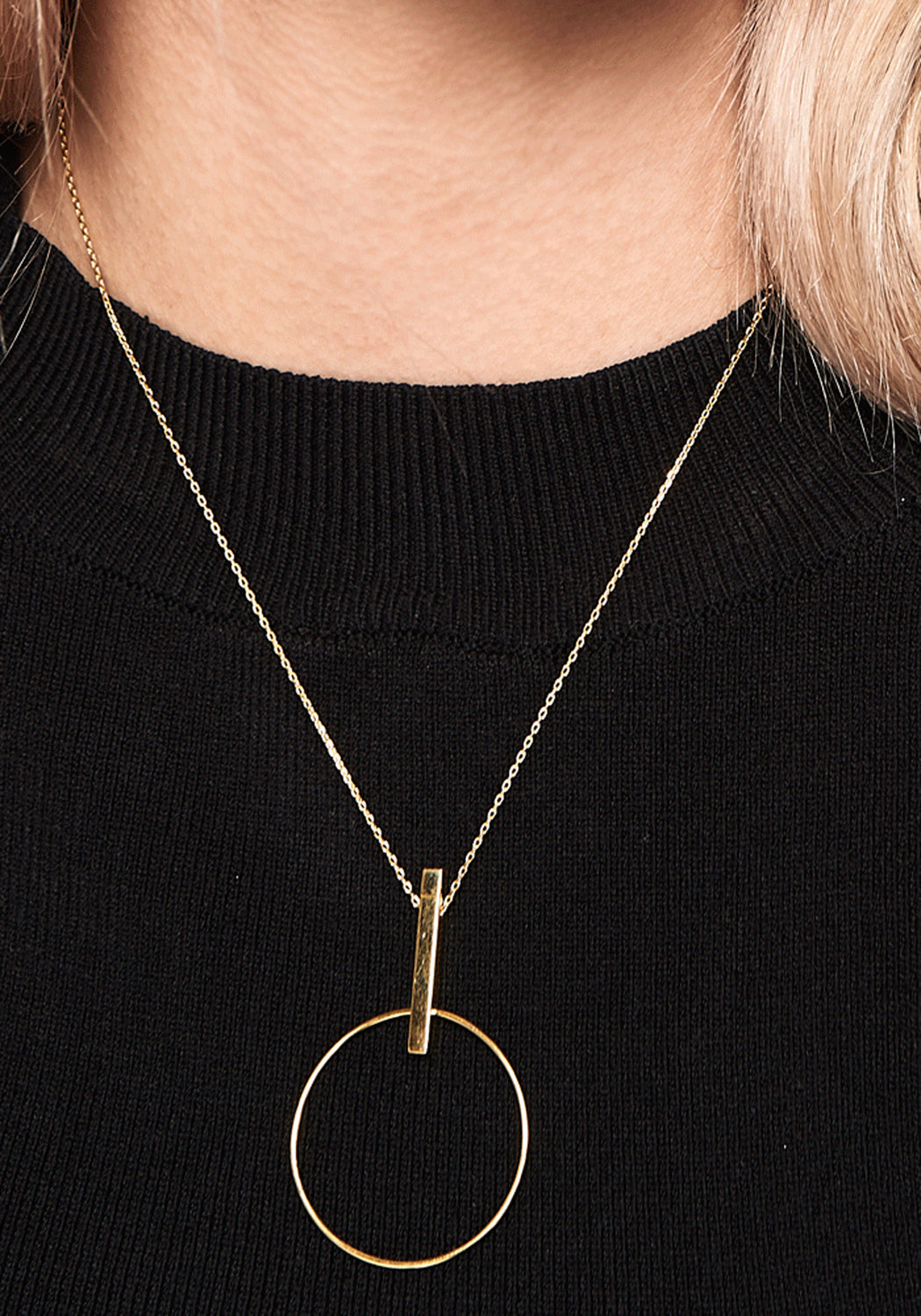 Studio Circle Pendant Necklace Gold