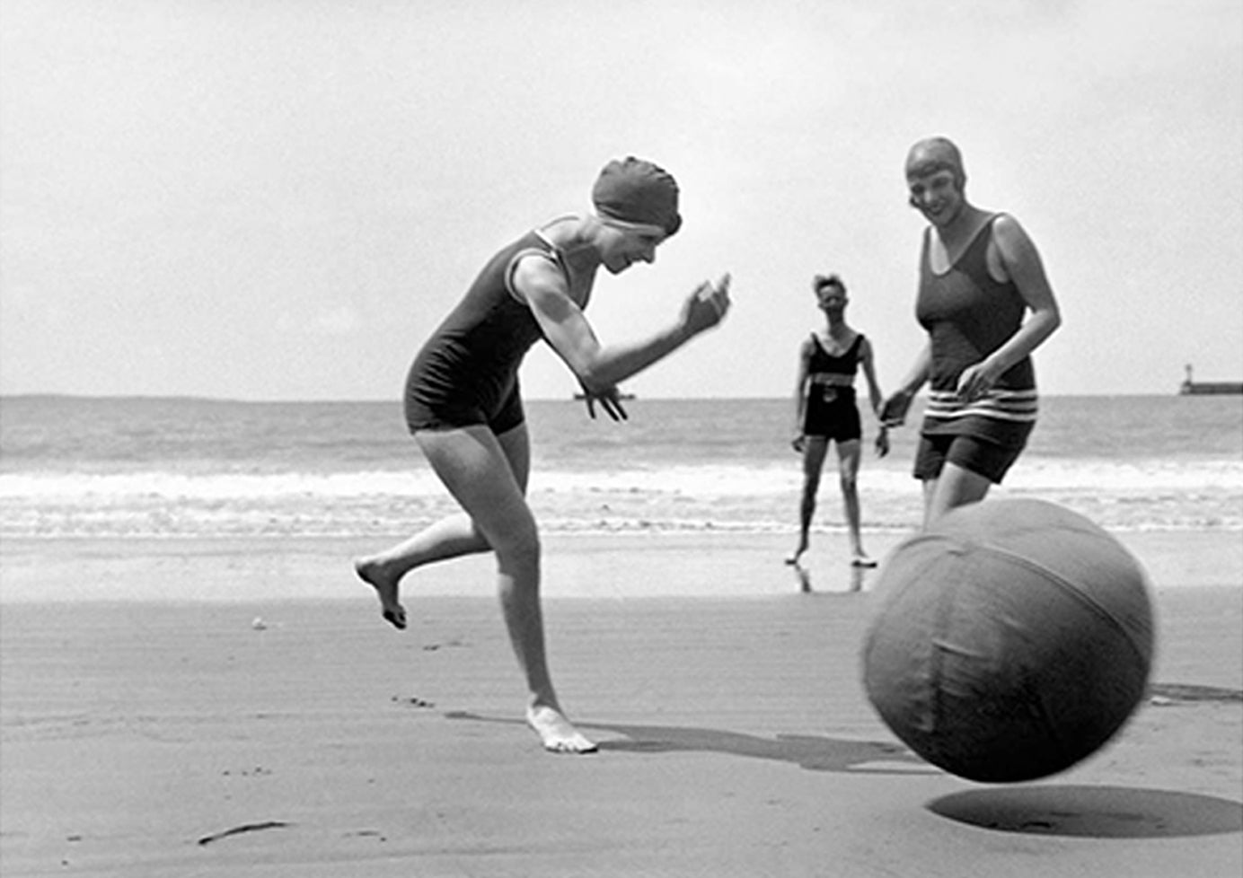 Jacques-Henri Lartique People Playing on the Beach
