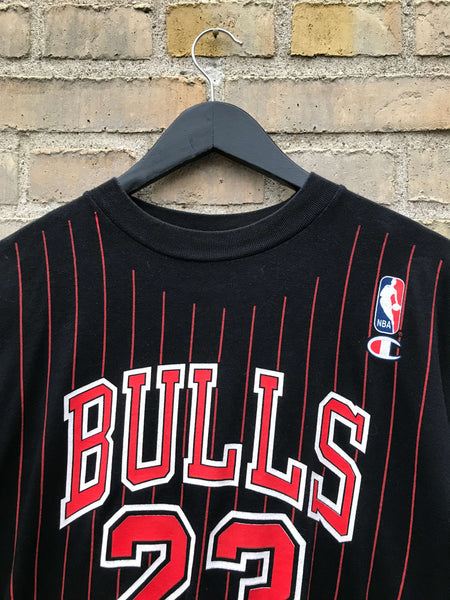 Vintage 90's Champion Chicago Bulls T-Shirt - Medium