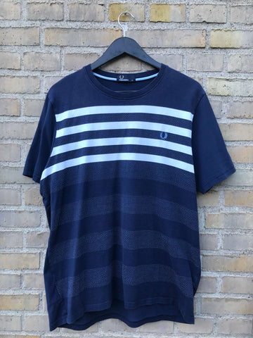 Vintage Fred Perry T-Shirt - Large