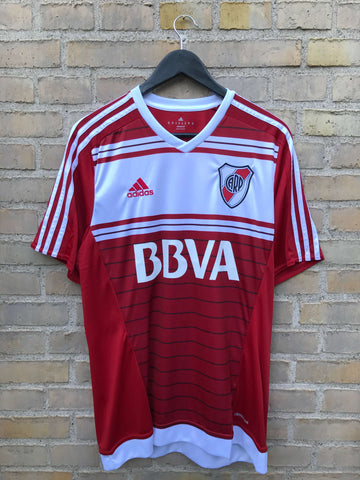 River Plate Away 2015/17, Medium