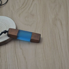 Load image into Gallery viewer, Wood Resin Pendulum Necklace