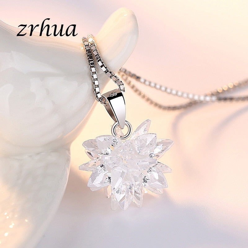 Snow Flower Necklace