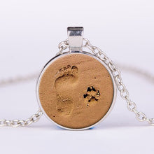 Load image into Gallery viewer, Little Feet And Dog Footprint Necklace