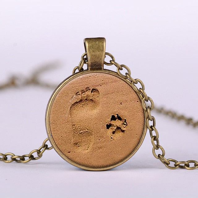 Little Feet And Dog Footprint Necklace