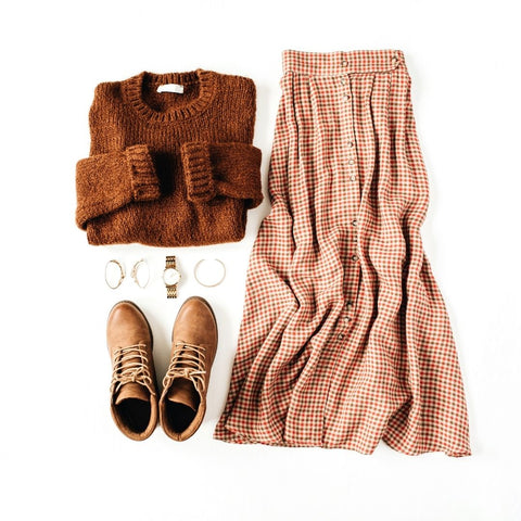 Fall Outfit: Brown Sweater, Plaid Skirt, Boots and Jewelry