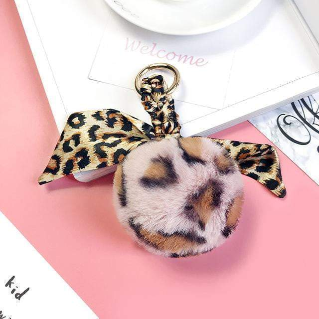 Leopard Can't Change Its Scarves Accessory Pink Round - Pursh Collection