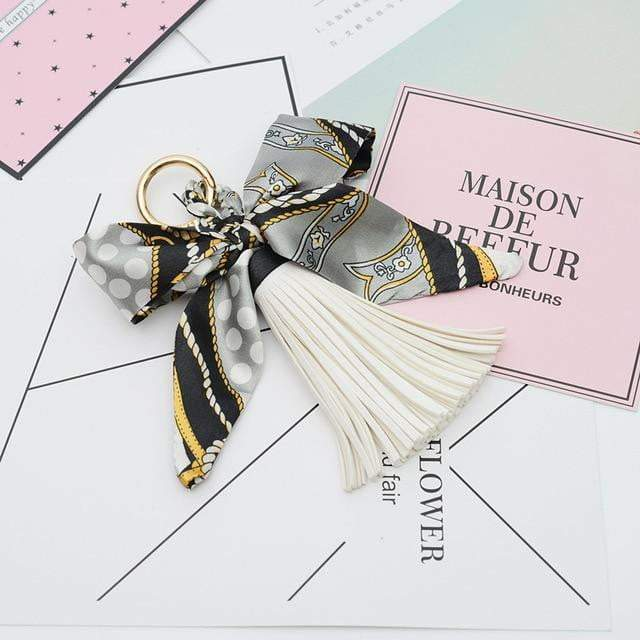 Scarf and Tassel Accessory White - Pursh Collection