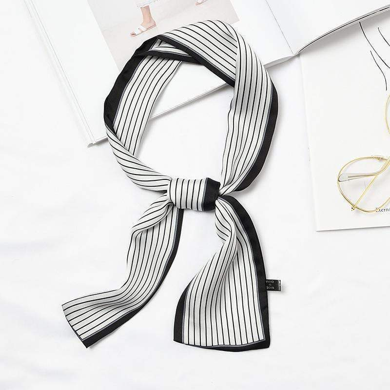Streek Accessory Black/White - Pursh Collection