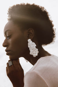 Sculpted big layered earrings