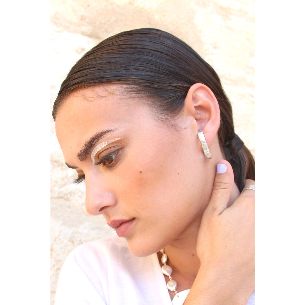 Melt faux hoop earring