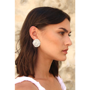 Melt moon earrings
