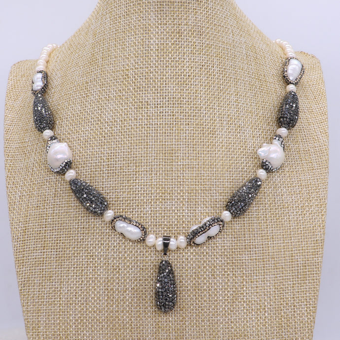 Natural pearl handcrafted druzy necklace