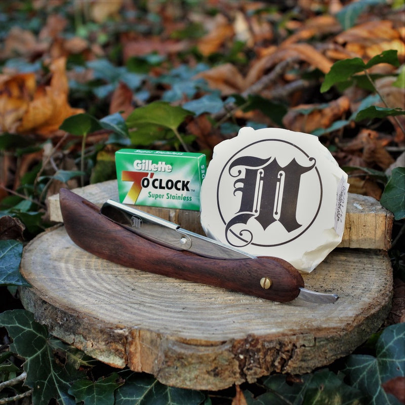 Subscription Shaving Box - Shavette + Blades With Shaving Soap
