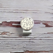 Load image into Gallery viewer, Western Pattern - Silver Clip - birdea golf ball marker