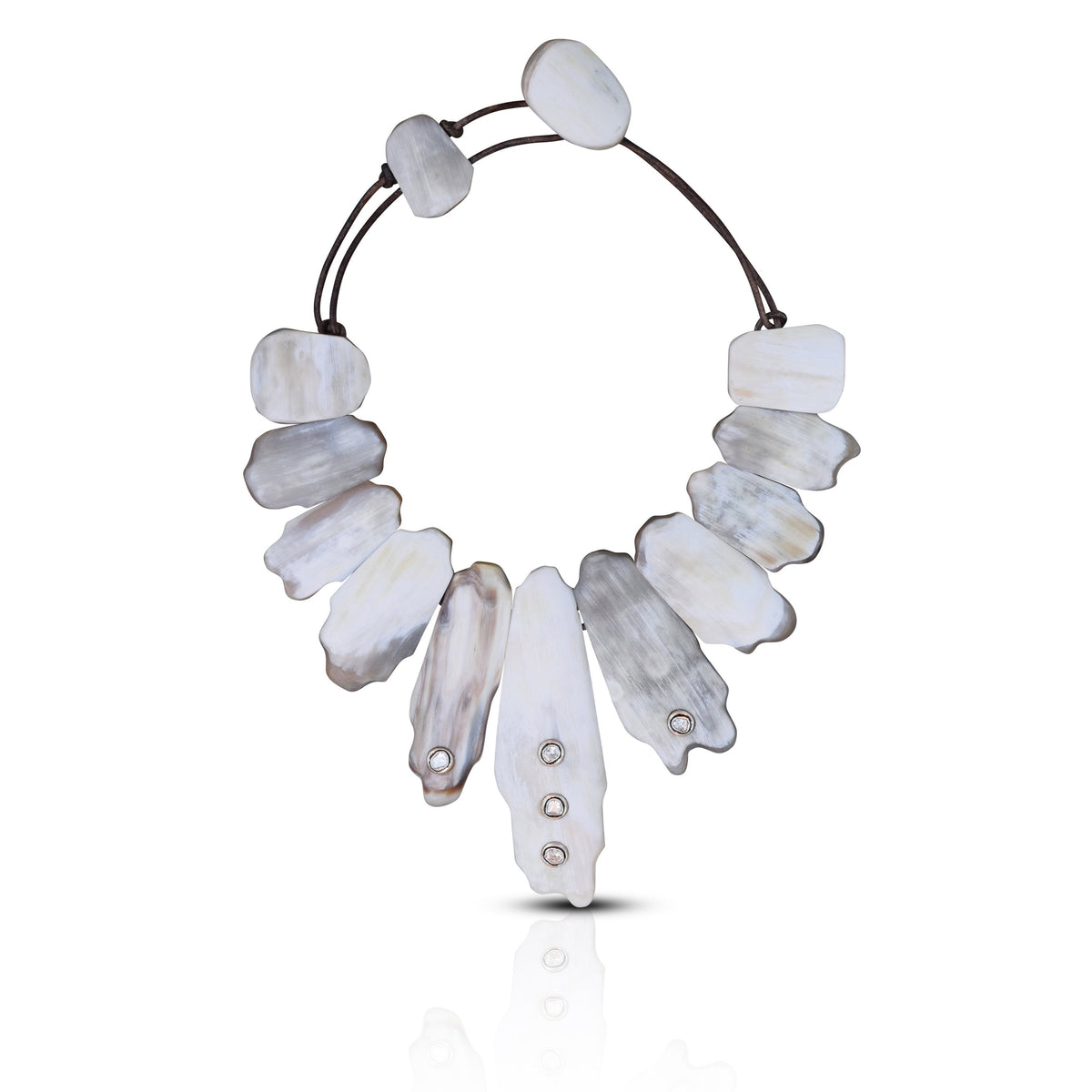 Light Matte Horn Collar