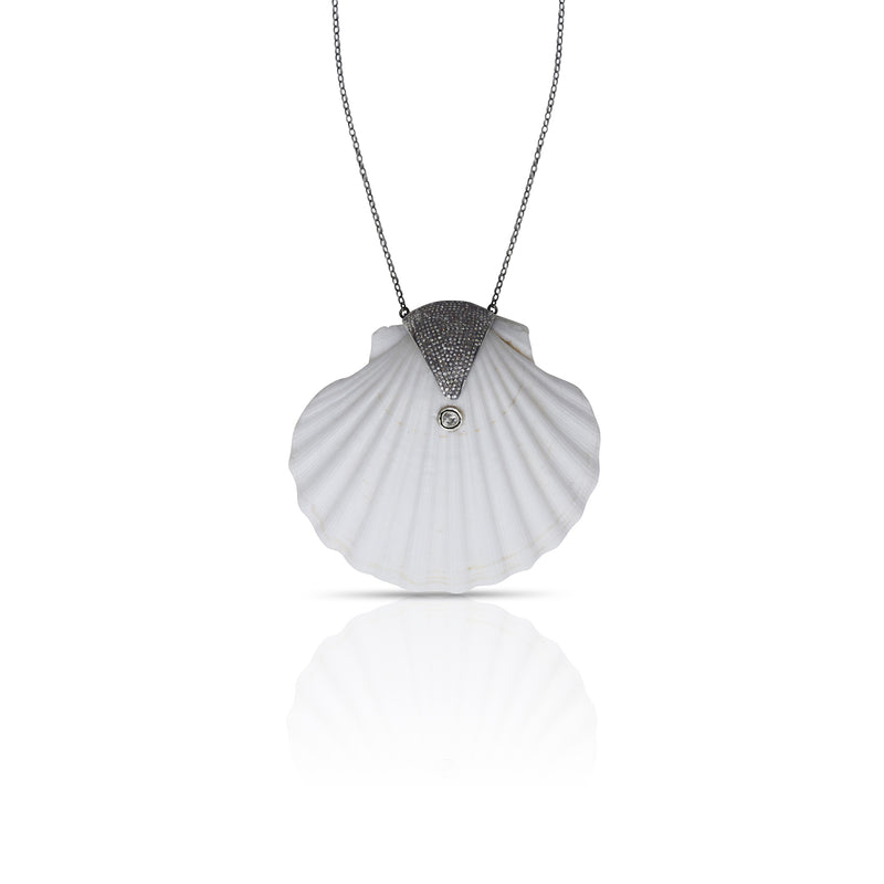 Jumbo Scallop Shell Necklace