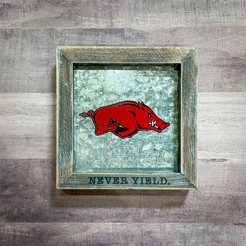 Arkansas Never Yield Sign - Shopbluemoonbentonville