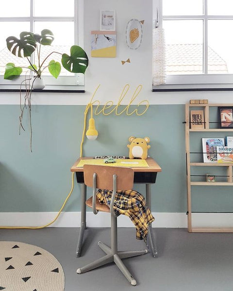 Cute desk corners for kids