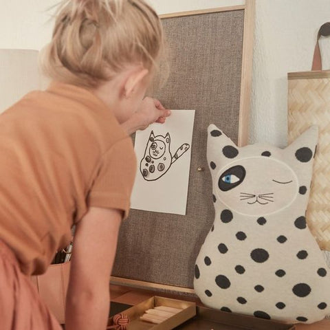 kids artwork styling interio