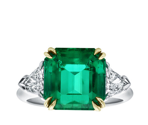 Emerald and Trilliant Diamond Ring