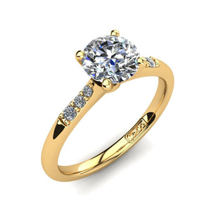 18kt Yellow Gold, Solitaire Setting with Tapered Accent Stones