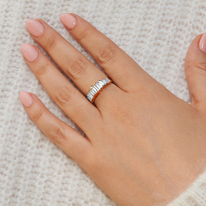 White Diamond Gradient Baguette Ring