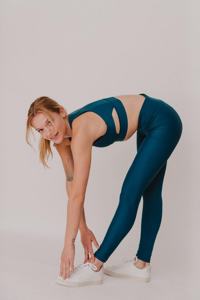 BESONNEN Walk Free Leggings - Color:Fern