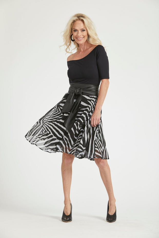 8188 - Sunray Pleated Short Skirt