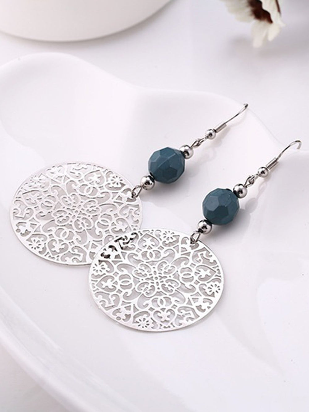New Fashion Tribal Jewelry Vintage Silver Big Round Earhook Retro Flower Pendant Earrings Women