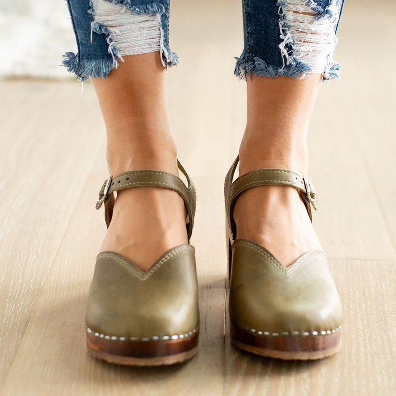 Vintage Buckle Strap Closed Toe Shoes Chunky Heel Sandals Plus Sizes