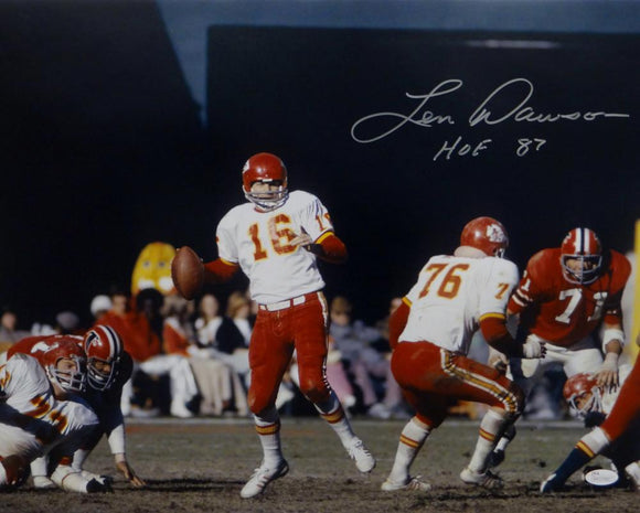 Len Dawson Signed *Silver Kansas City 16x20 About To Pass Photo W/ HOF- JSA W Auth