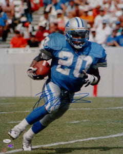 Barry Sanders Autographed Detroit Lions 16x20 Running Photo- JSA Authenticated