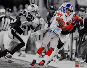Mario Manningham Autographed Giants 16x20 B&W Color Catch Photo- JSA Authenticated