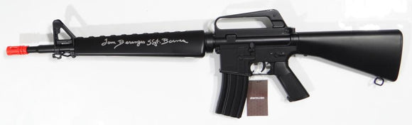 Tom Berenger Autographed WELL Air P Series 16-A3 AirSoft G- JSA W Auth