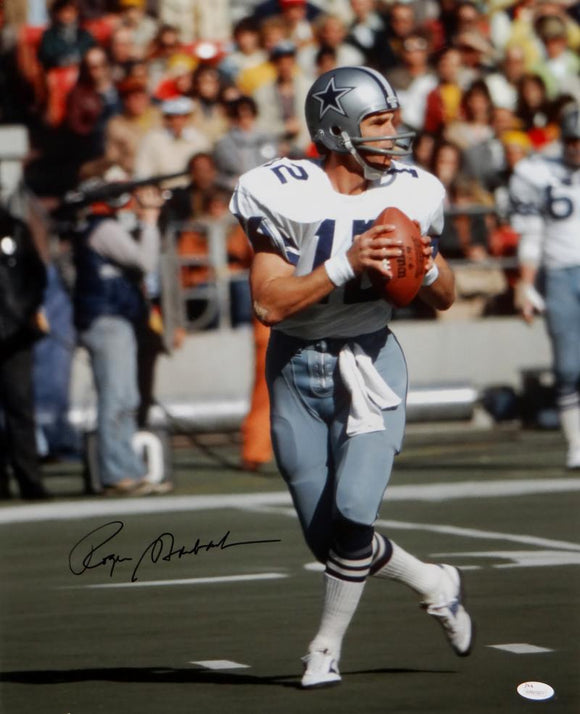 Roger Staubach Autographed Cowboys 16x20 Passing Photo- JSA W Auth *Black