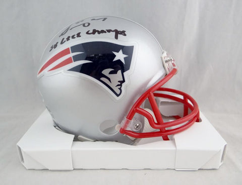 Sony Michel Autographed New England Patriots Mini Helmet w/ SB Champs- Beckett Auth *Black