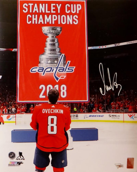 Alexander Ovechkin Autographed Capitals 16x20 With Banner PF Photo - Fanatics Auth *White