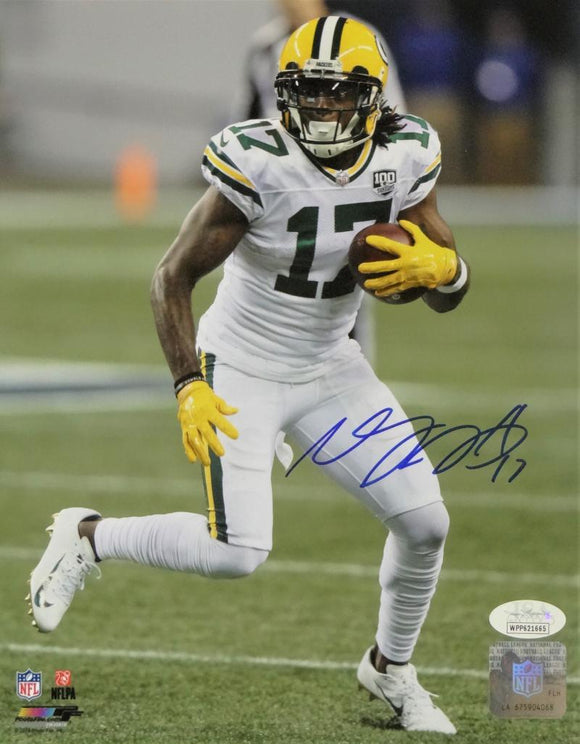 Davante Adams Autographed Green Bay Packers 8x10 White Jersey PF Photo- JSA W Auth *Blue