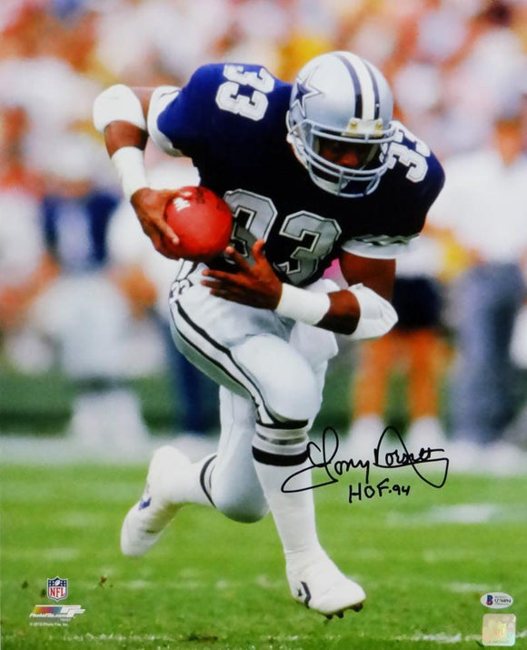 Tony Dorsett Autographed Dallas Cowboys 16x20 PF Running w/ Ball Photo w/ HOF- Beckett Auth *Black