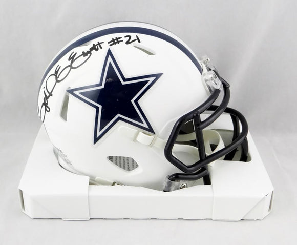 Ezekiel Elliott Autographed Dallas Cowboys Matte White Mini Helmet - Beckett Auth *Black