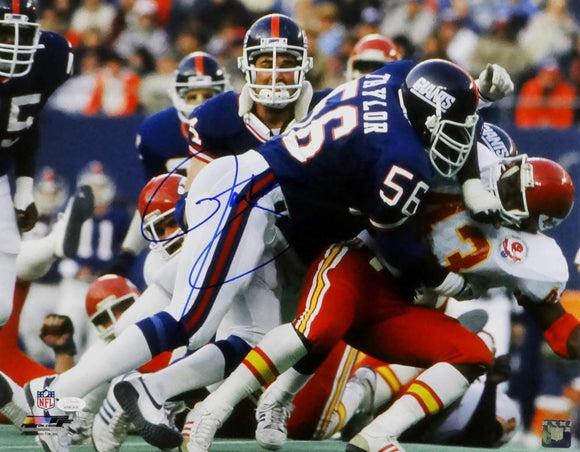 Lawrence Taylor Autographed NY Giants 16x20 Tackling Vs Chiefs Photo - JSA W Auth *Blue