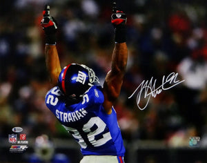 Michael Strahan Signed NY Giants 8x10 PF Pointing Up Photo-Beckett Auth *White