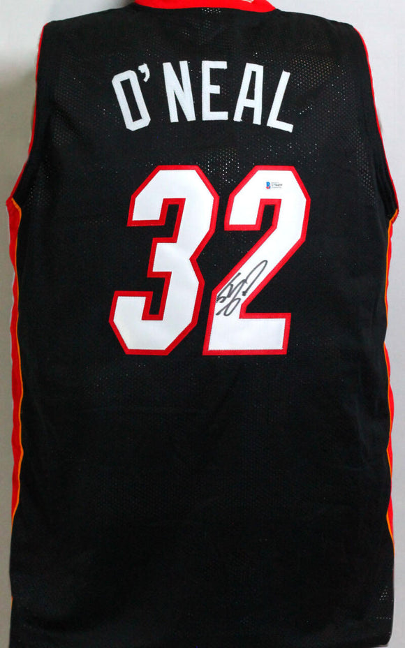 Shaquille O'Neal Autographed Black Miami Jersey - Beckett Authentication *2